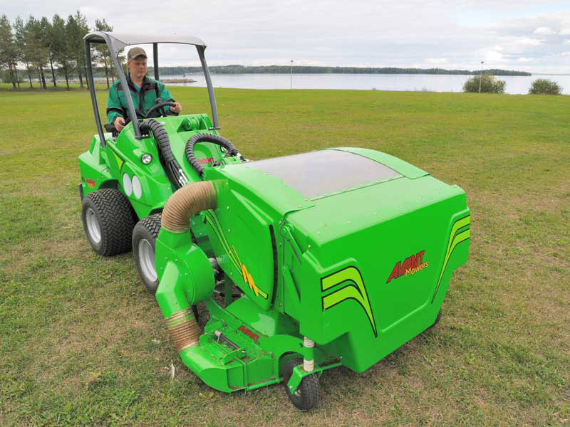 //avantsa.co.za/wp-content/uploads/2017/02/avant_collectinglawnmower1500_6.jpg